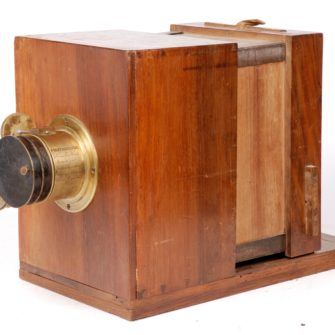Sliding box wet plate camera with Charles Chevalier lens