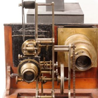 Grimoin Sanson type projector, sold by Demaria. 1907.