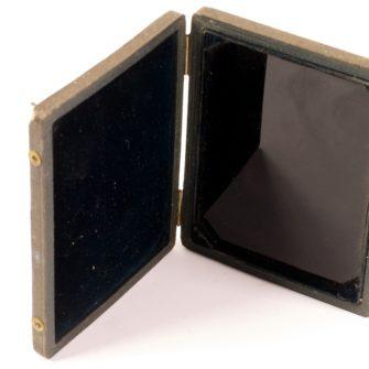 Miroir noir dit «Miroir de Claude» ou «Miroir de Lorrain»