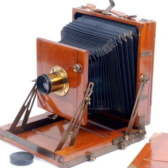 Chambre photographique de fabrication anglaise.
