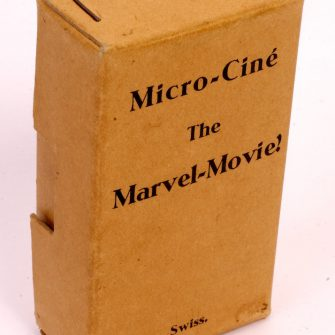 """Micro-Ciné Projector """"The Marvel Movie"""""""