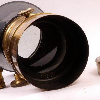 Exceptionally Large Lens by JAMIN & DARLOT