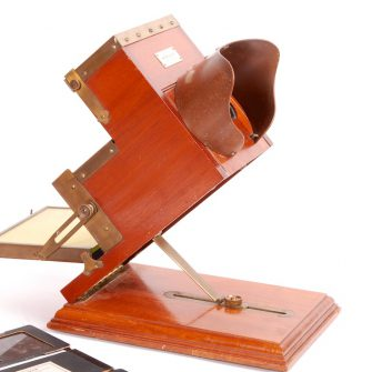 Kromskop Stéréo de Frederic Eugène Ives, Usa. (Photochromoscope)