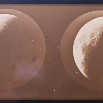 Plaque stéréoscopique de la lune. Circa 1865.