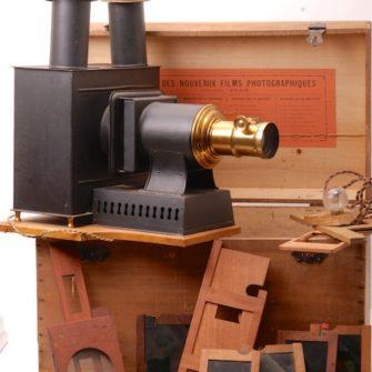 Lanterne Réflectoscope en coffret avec plaques.