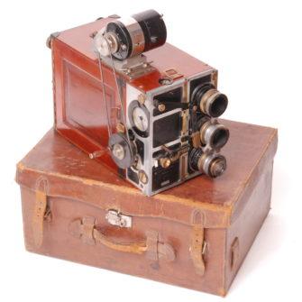 A. GILLON – Caméra film 35 mm
