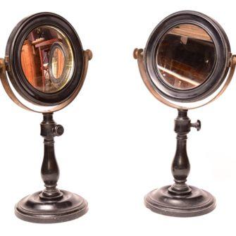 Paire de miroirs pour les sciences