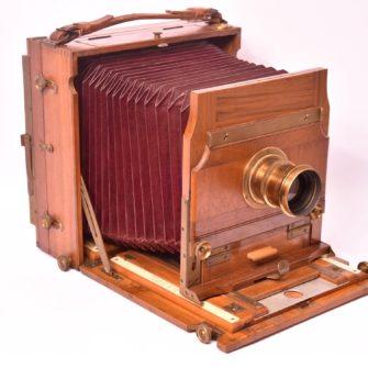 Chambre photographique carrée folding 13×18
