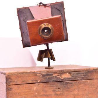 Appareil photographique à tendeurs type Scénographe