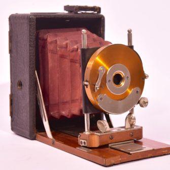 Petite chambre photographique folding