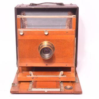 Chambre photographique folding carrée 13×18