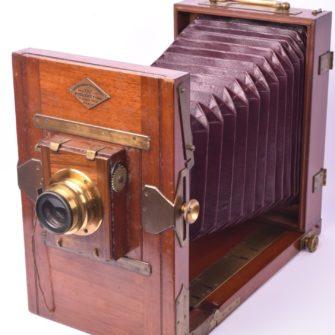 Chambre photographique Poulenc frères 13×18 cm.