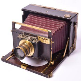 TRAMBOUZE Chambre photographique folding en palissandre
