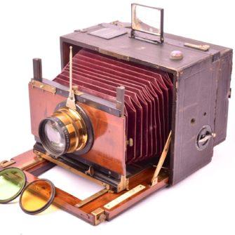 MACKENSTEIN Chambre photographique « L'Indéréglable »
