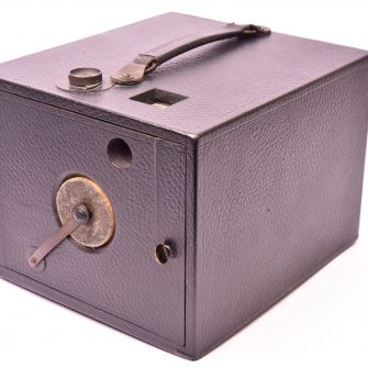 The Scovill & Adams Co., (New York, NY) Triad Detective Camera – c. 1892