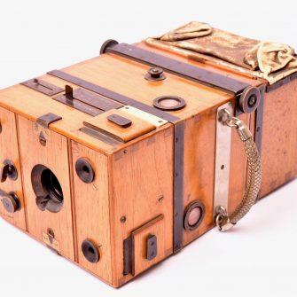 Steinheil appareil photographique détective 9×12