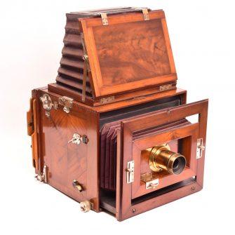 Lechner (attribué à) reflex camera