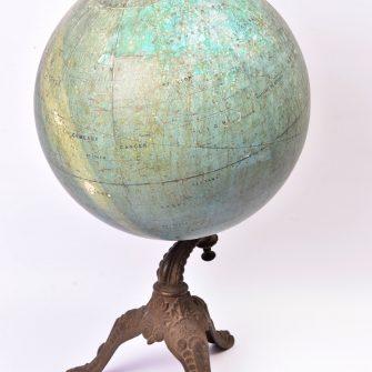 Globe céleste par L. Niesten de l'observatoire de Bruxelles