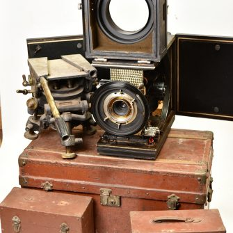Ciné Caméra Super Parvo provenant des studios de Neuilly