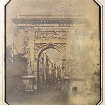 Daguerréotype pleine plaque La Porte Saint-Denis