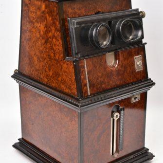Rare modèle de Stéréodrome GAUMONT 6 x 13 en ronce de thuya.