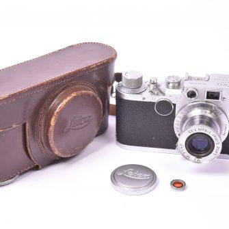 Appareil photo Leica IIC, objectif Elmar f/3.5 – 50mm.