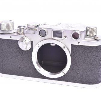 Appareil photo Leica IIIC. #512193. Boitier seul.