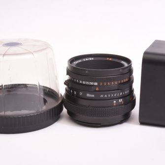 Carl Zeiss CF Planar T* f/2.8 – 80mm pour Hasselblad.