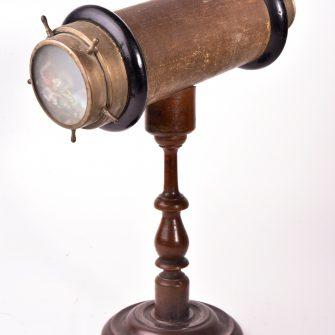 Kaléidoscope. Hauteur 32 cm