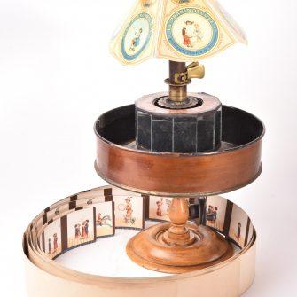 Praxinoscope à manivelle