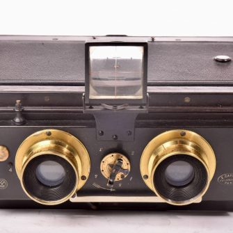 Rare Stereo Camera Caillon 8,5 x 17 cm