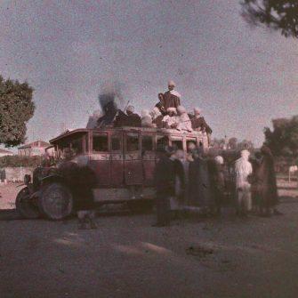 Autochrome stéréoscopique 45×107 Départ de Hammam Bou Hadjar
