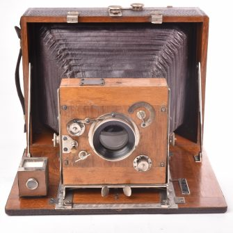 """Dr. Lüttke & Arndt """"Linos"""" Folding Plate Camera 13×18"""