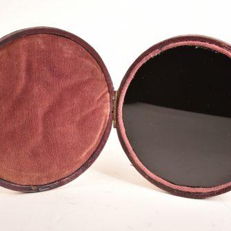 Miroir noir circulaire, dit «Miroir de Lorrain»