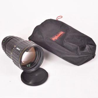 Objectif Angénieux DEM f/2.3 – 180mm APO. #1524755. Monture Canon FD.