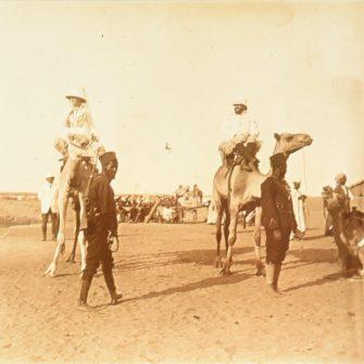 Voyage en Afrique, Paul Adam et sa femme, vers 1910 (x2)